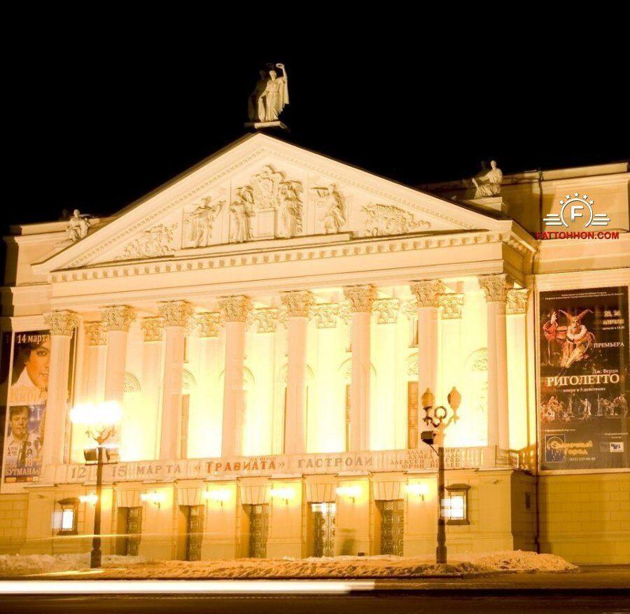 theatre-opera-kazan-entr